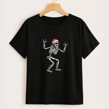 Christmas Skull Graphic Tee