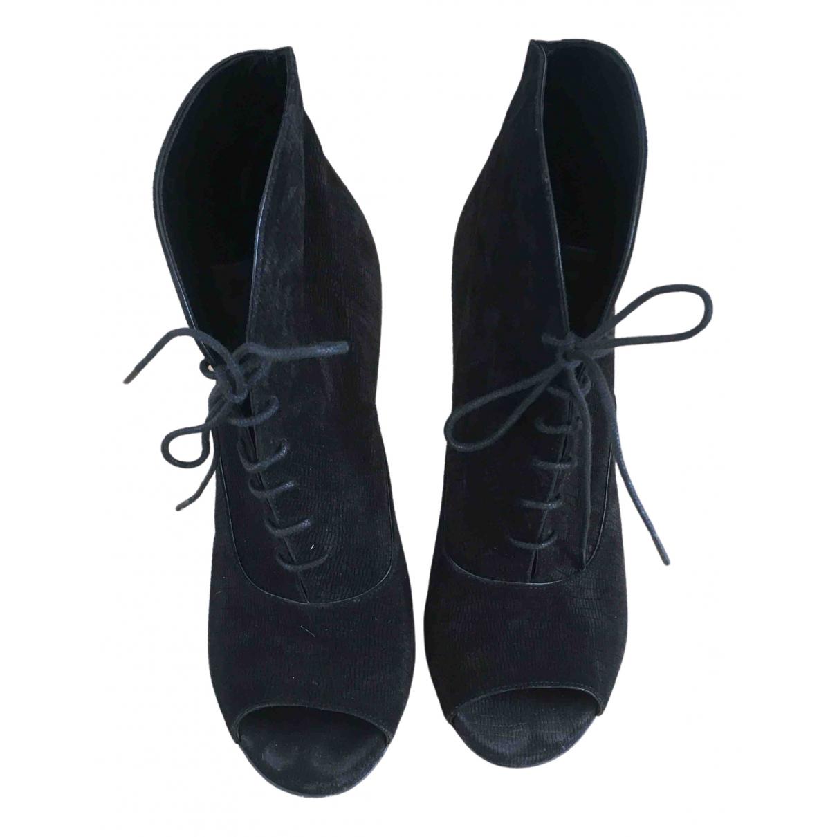 Saint Laurent \N Black Suede Ankle boots for Women 38.5 EU