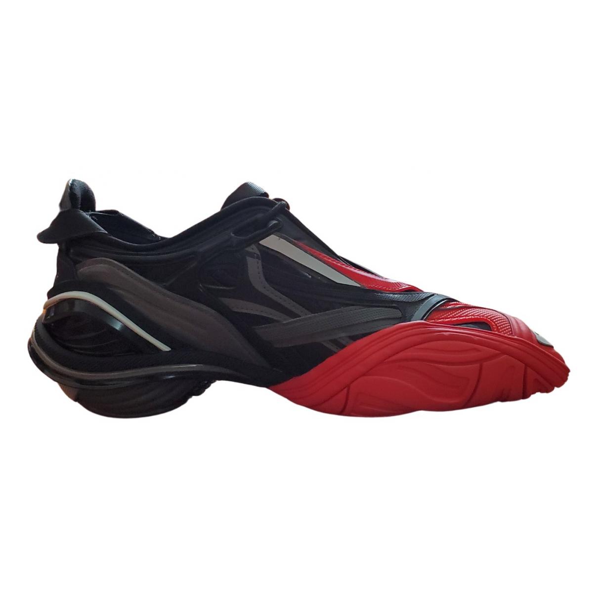 Balenciaga \N Sneakers in  Rot Leder