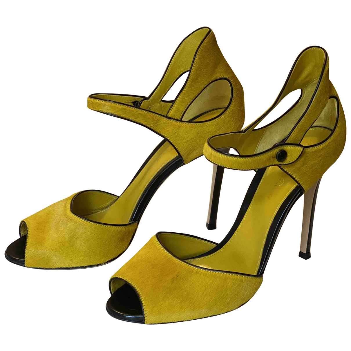 Gianvito Rossi \N Yellow Pony-style calfskin Sandals for Women 38 EU