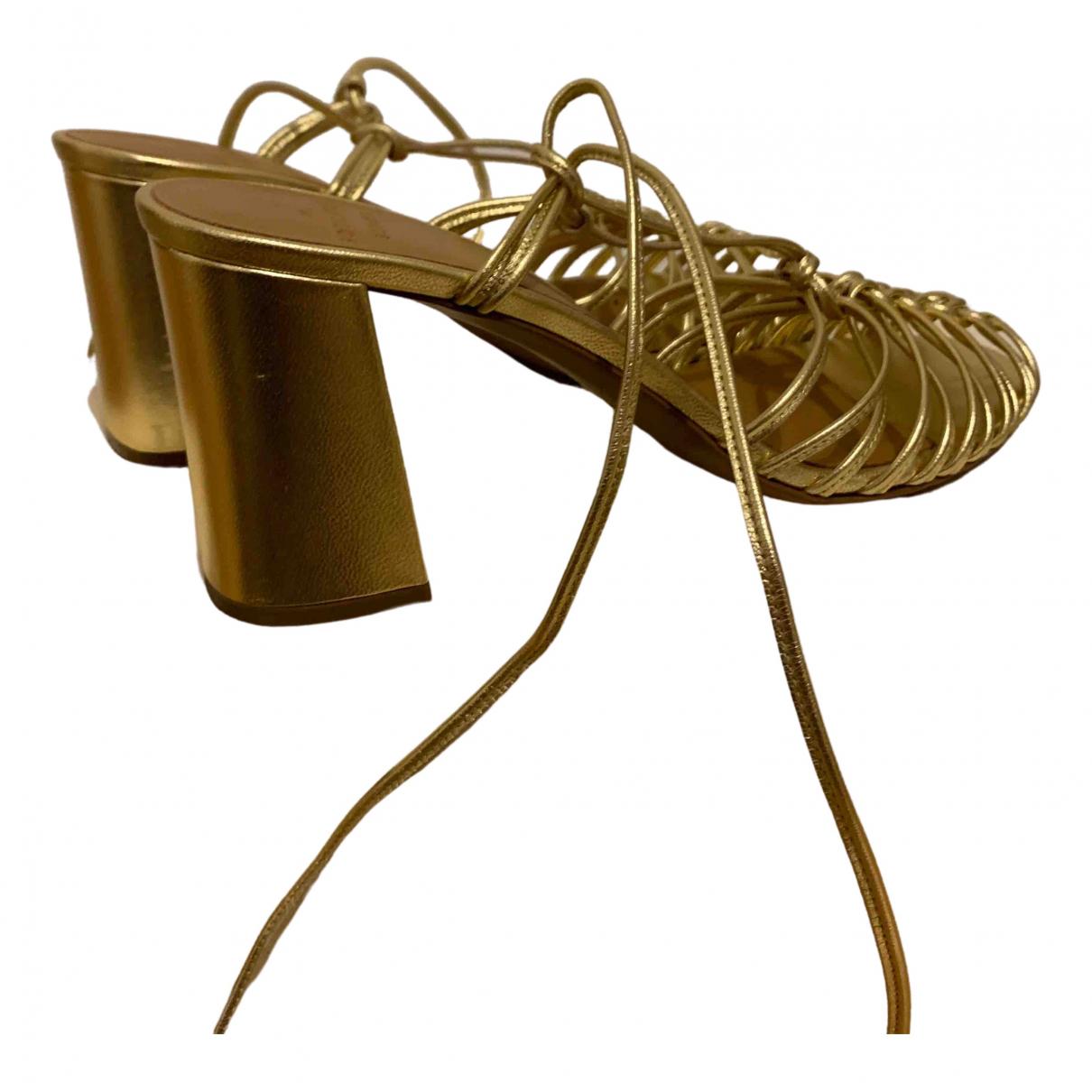 Sezane Spring Summer 2020 Sandalen in  Gold Leder