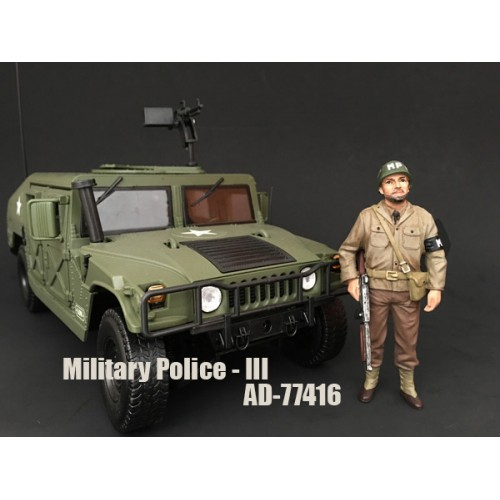 WWII Military Police Figure III For 118 Scale Models by American Diorama