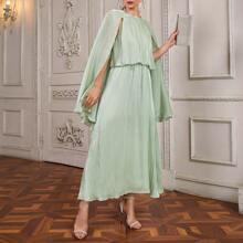 Kleid mit Umhangaermeln