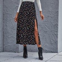 Falda de muslo con abertura floral de margarita