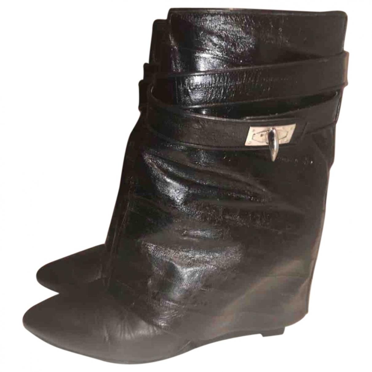 Givenchy - Boots Shark pour femme en anguille - noir