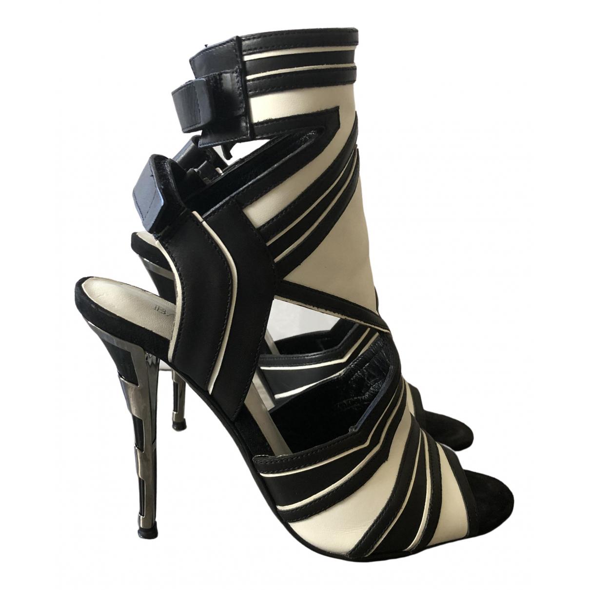 Balmain \N Black Leather Sandals for Women 36 EU