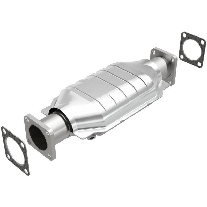 MagnaFlow 23652 Exhaust Products Direct-Fit Catalytic Converter Chevrolet LUV 1975-1982 1.8L 4-Cyl