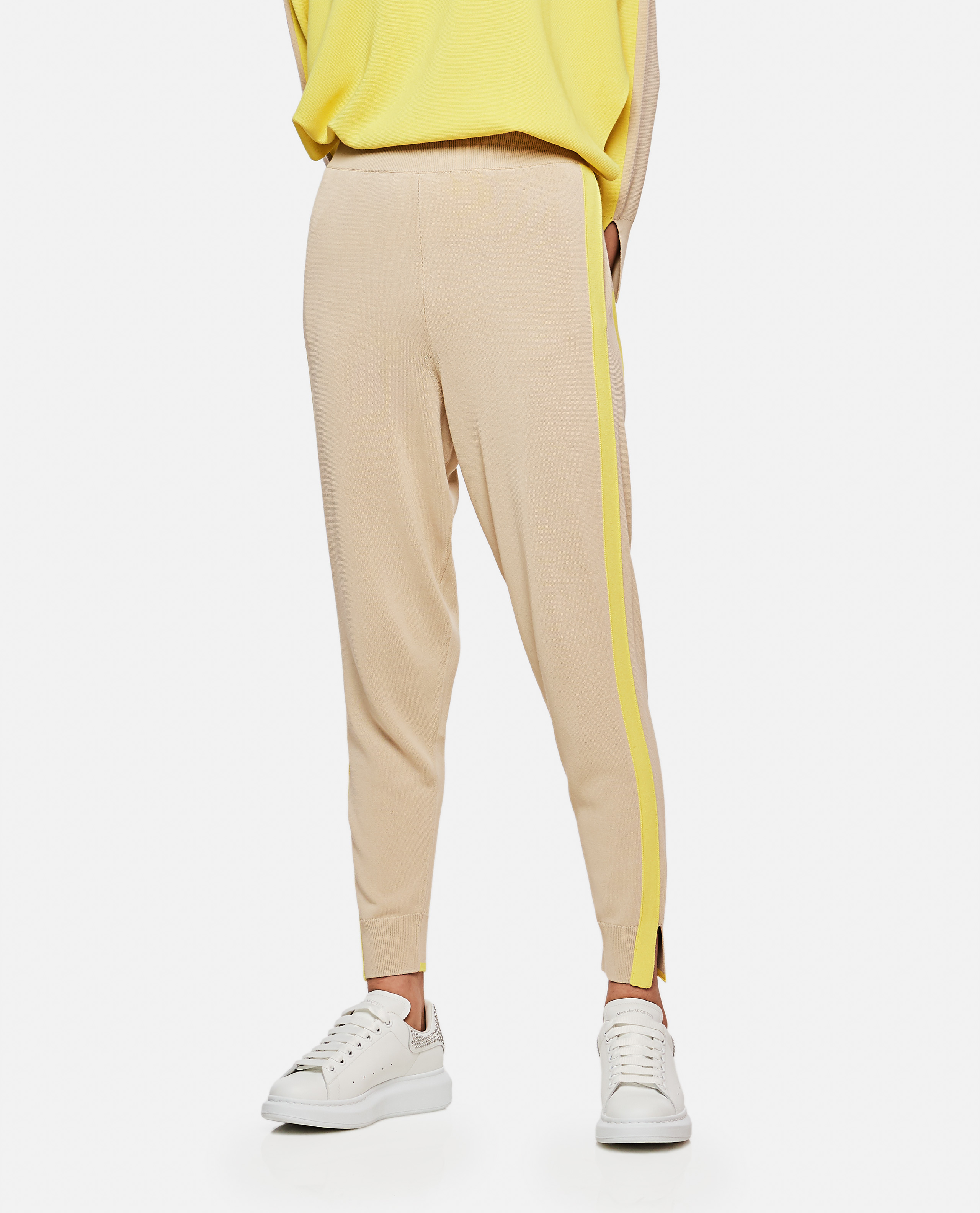 Sport trousers with side bands