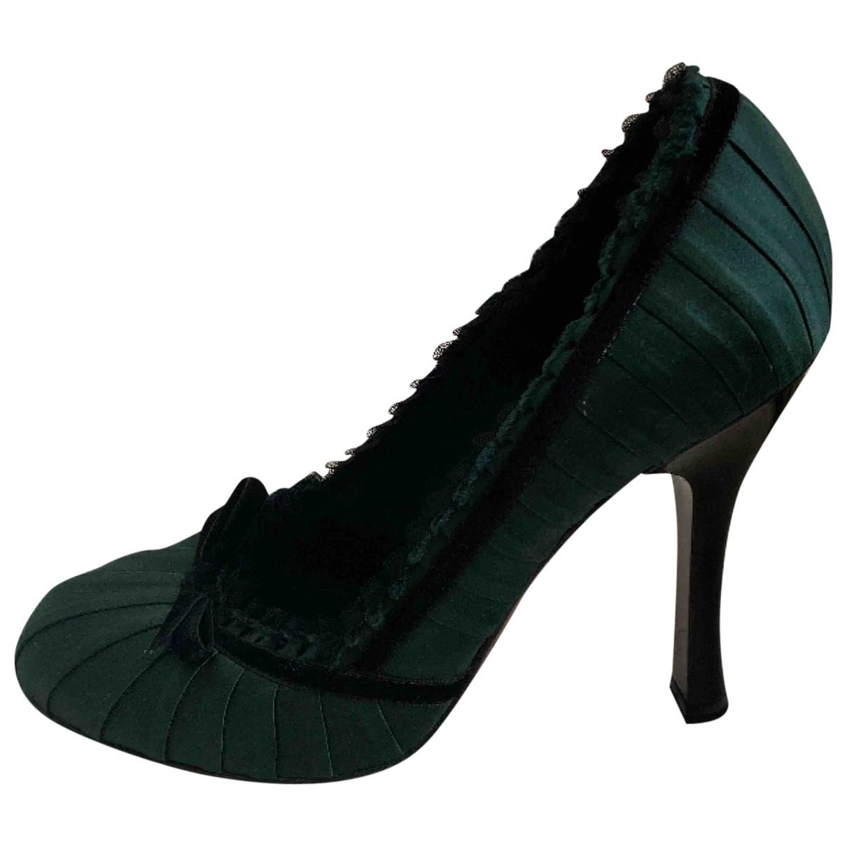 Louis Vuitton \N Green Cloth Heels for Women 38.5 EU