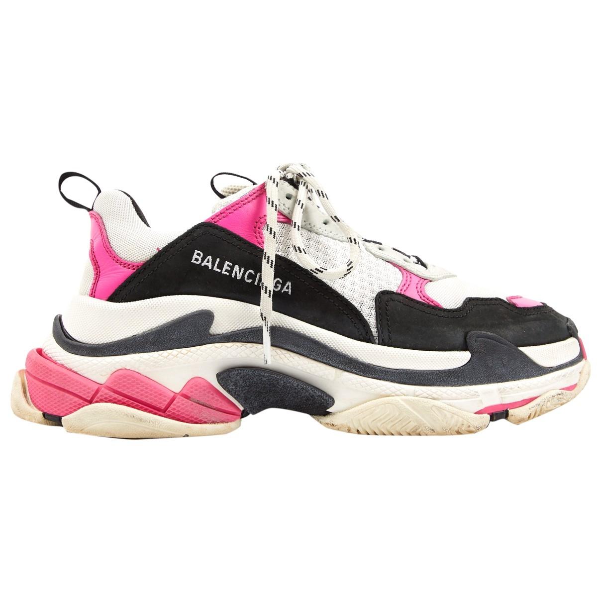 Balenciaga - Baskets Triple S pour femme en toile - rose