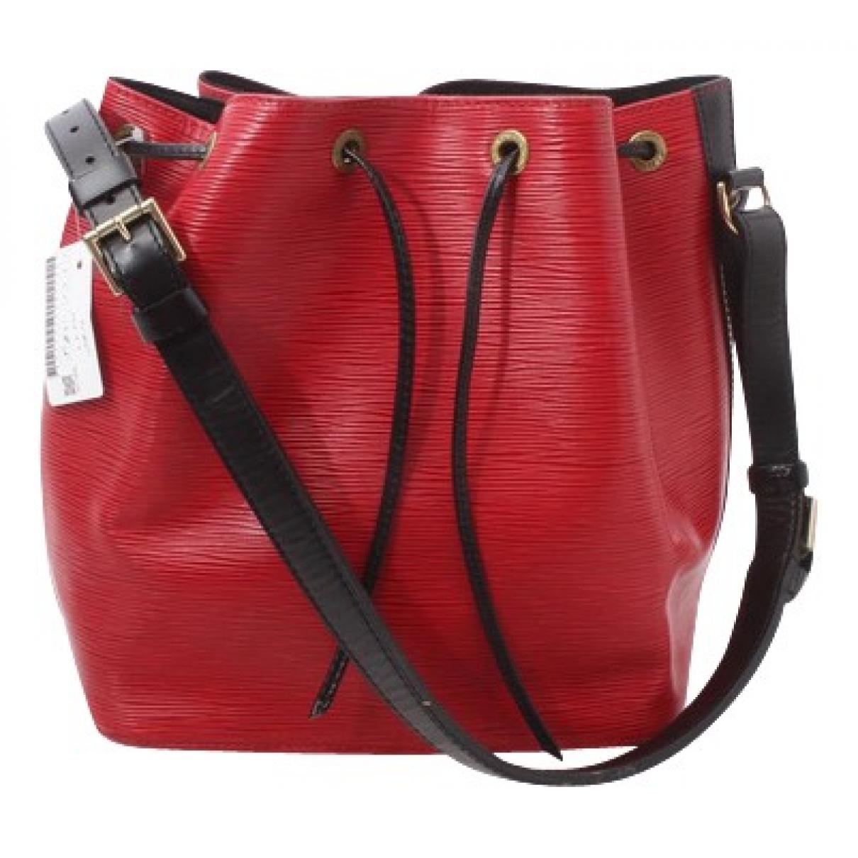 Louis Vuitton Noé Red Leather handbag for Women \N