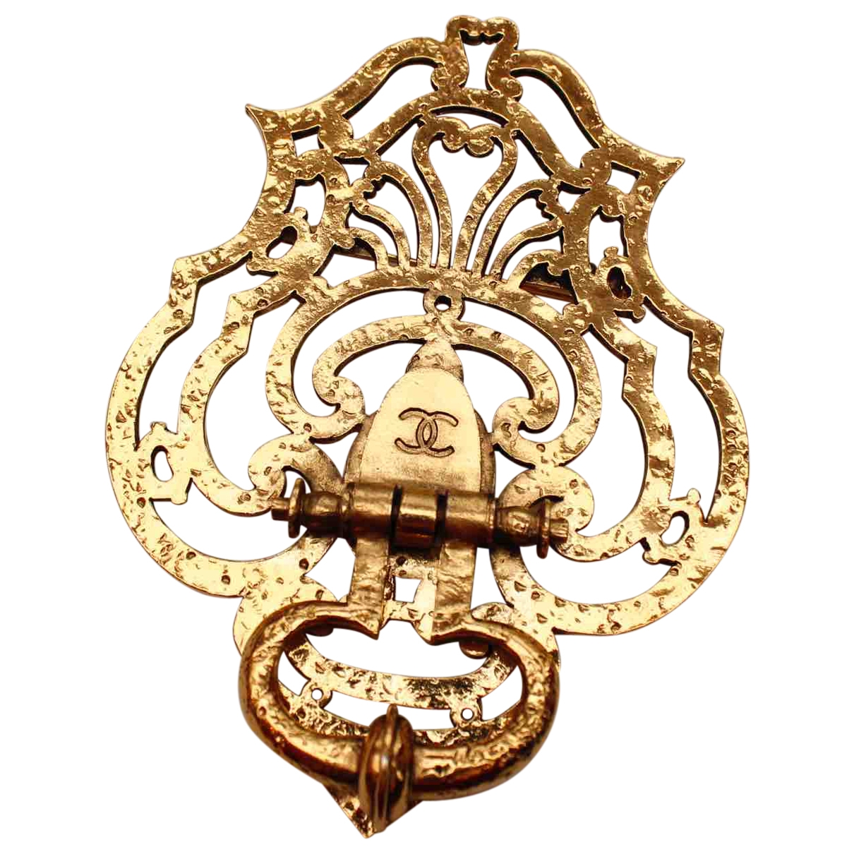 Chanel Baroque Gold Metal Pins & brooches for Women \N