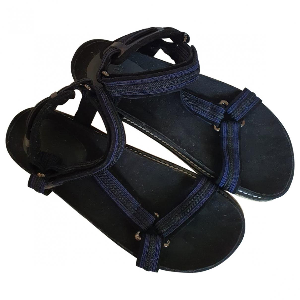 Moncler \N Sandalen in  Schwarz Leinen