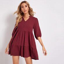 Kleid mit Laternenaermeln und mehrschichtigem Saum