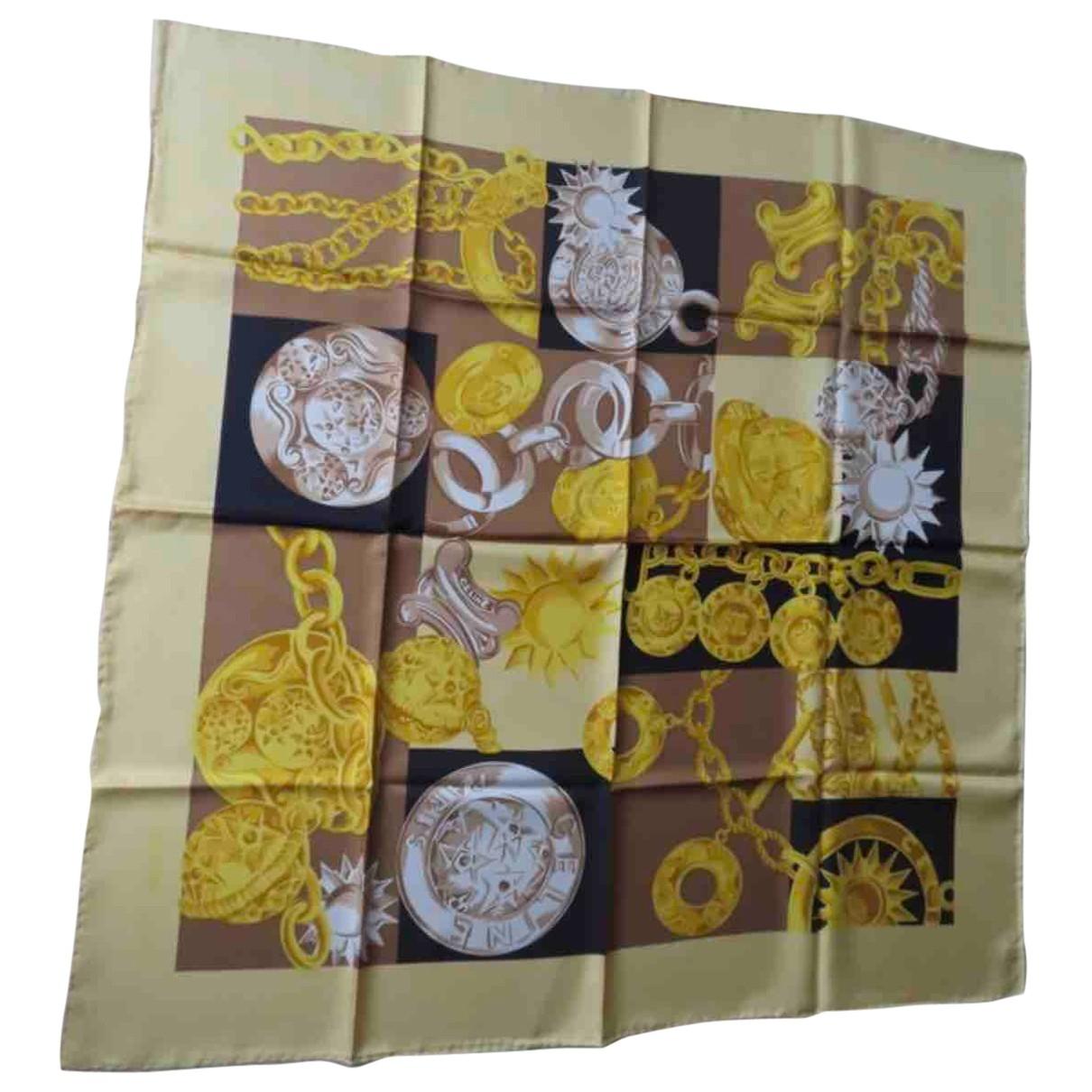 Celine \N Red Silk Silk handkerchief for Women \N