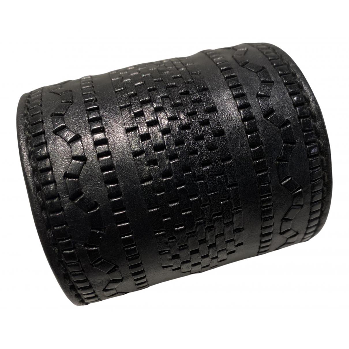Yves Saint Laurent N Black Leather bracelet for Women N