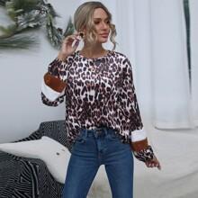 Camiseta de terciopelo teddy en contraste de leopardo