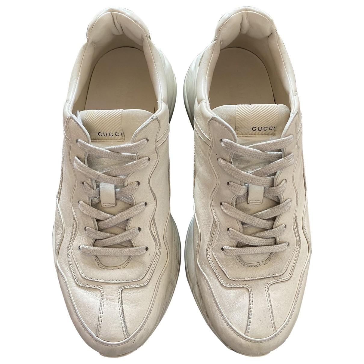 Gucci - Baskets Rhyton pour homme en cuir - beige