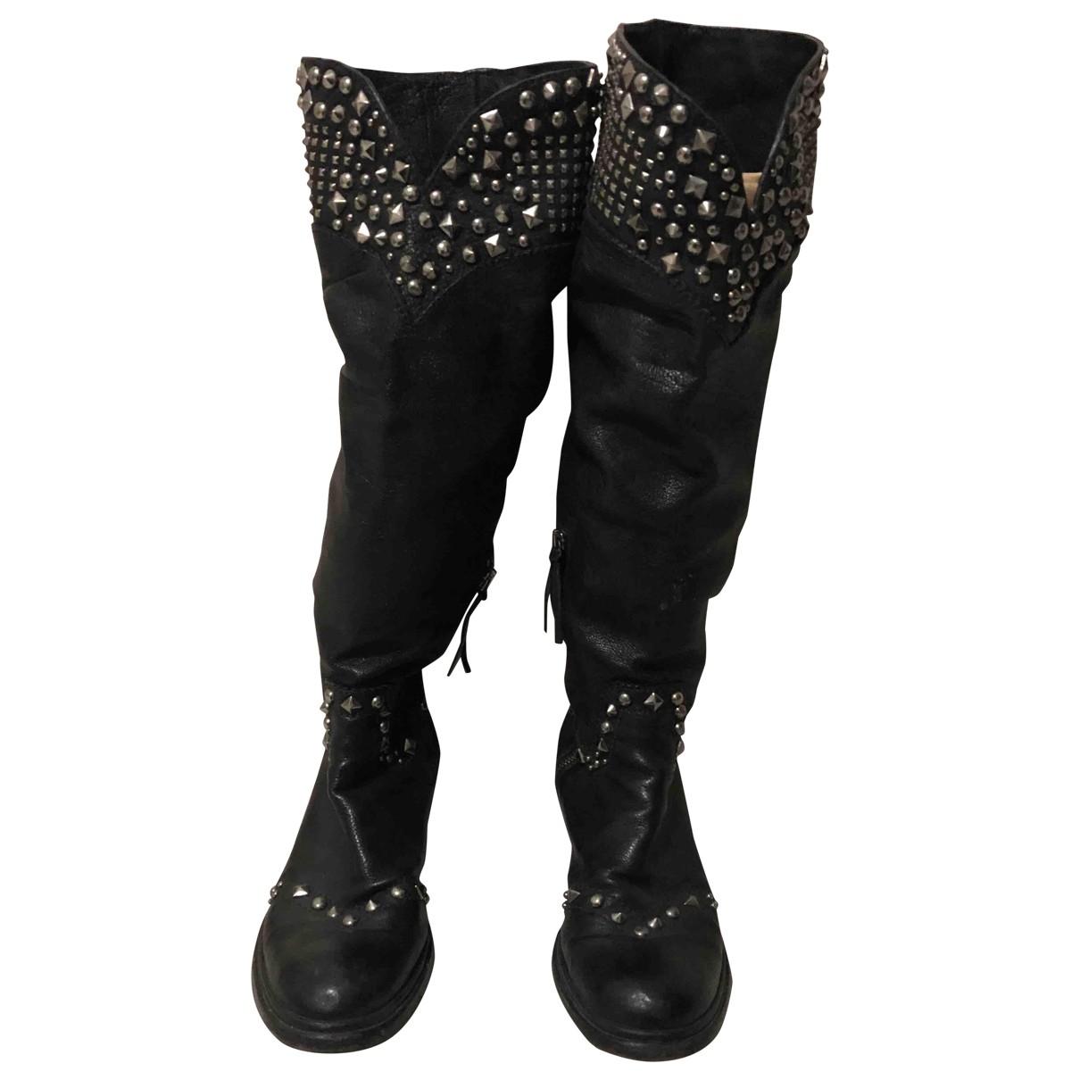 Miu Miu \N Stiefel in  Schwarz Leder