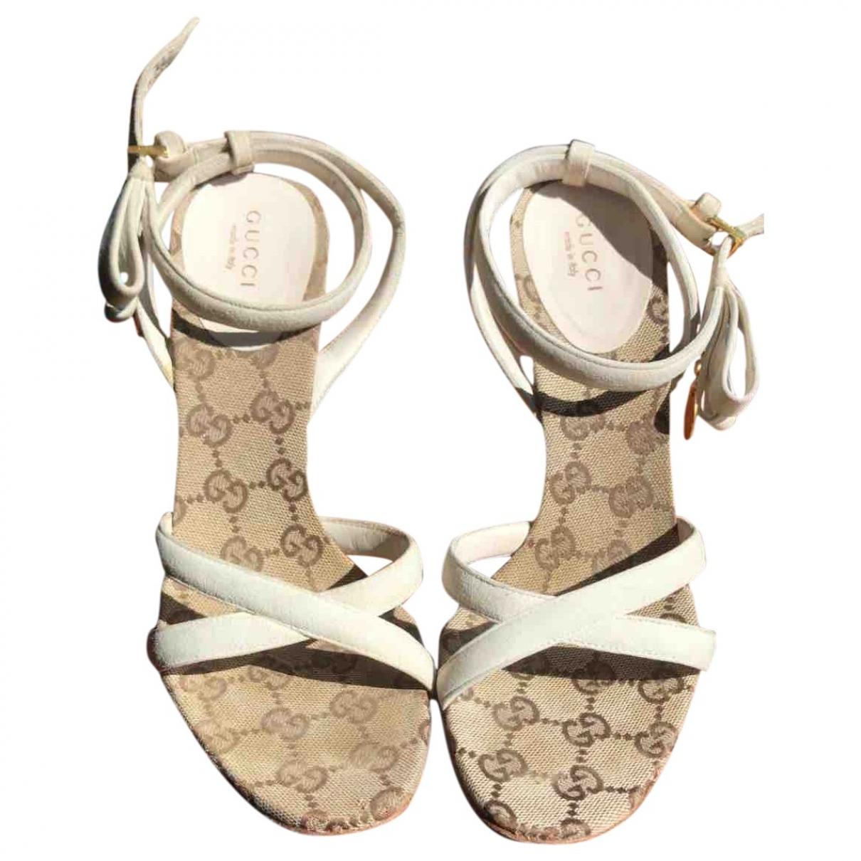 Gucci - Sandales   pour femme en suede - blanc