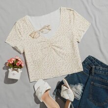 Ditsy Floral Ruched Front Crop Tee