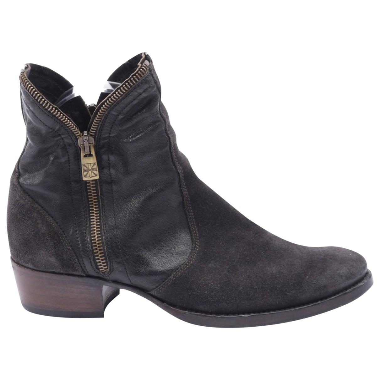 Autre Marque \N Black Leather Ankle boots for Women 36 EU
