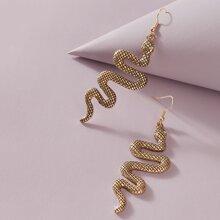 Pendientes largos con diseño de serpiente