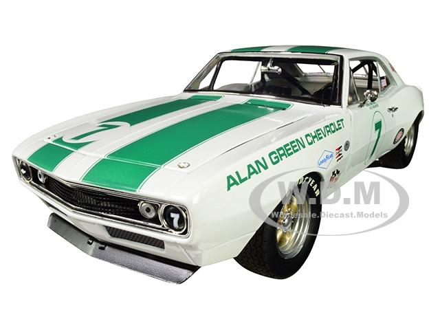 1967 Chevrolet Camaro Z/28 Alan Green Chevrolet 7 Gary Gove Mark Donohue Skip Scott Max Dudley Limited Edition to 402 pieces Worldwide 1/18 Diecast M
