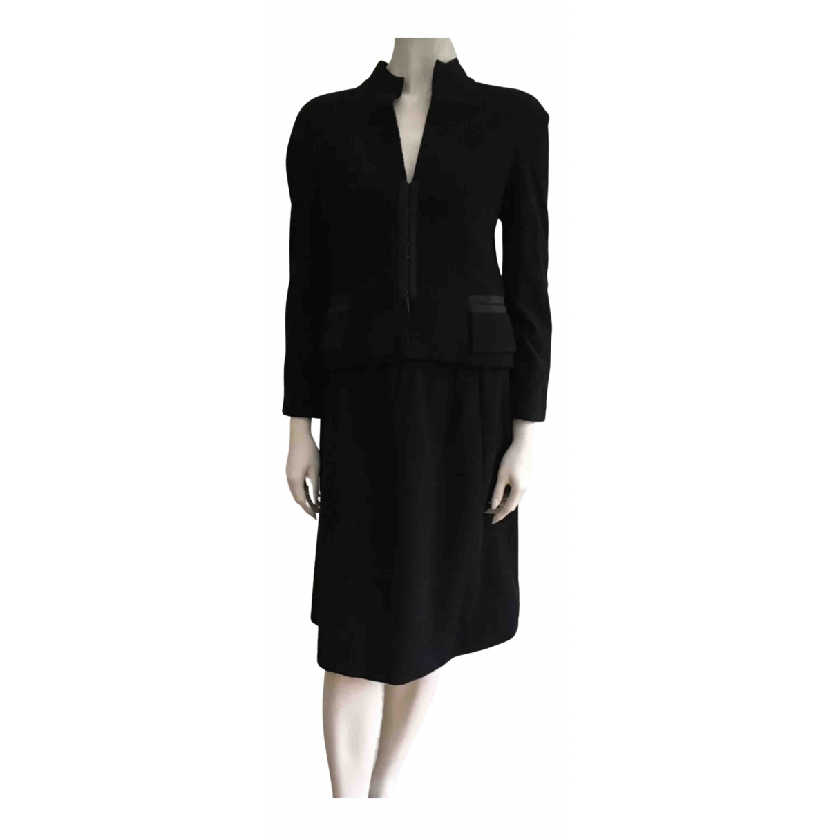 Chanel N Black Wool jacket for Women 36 FR