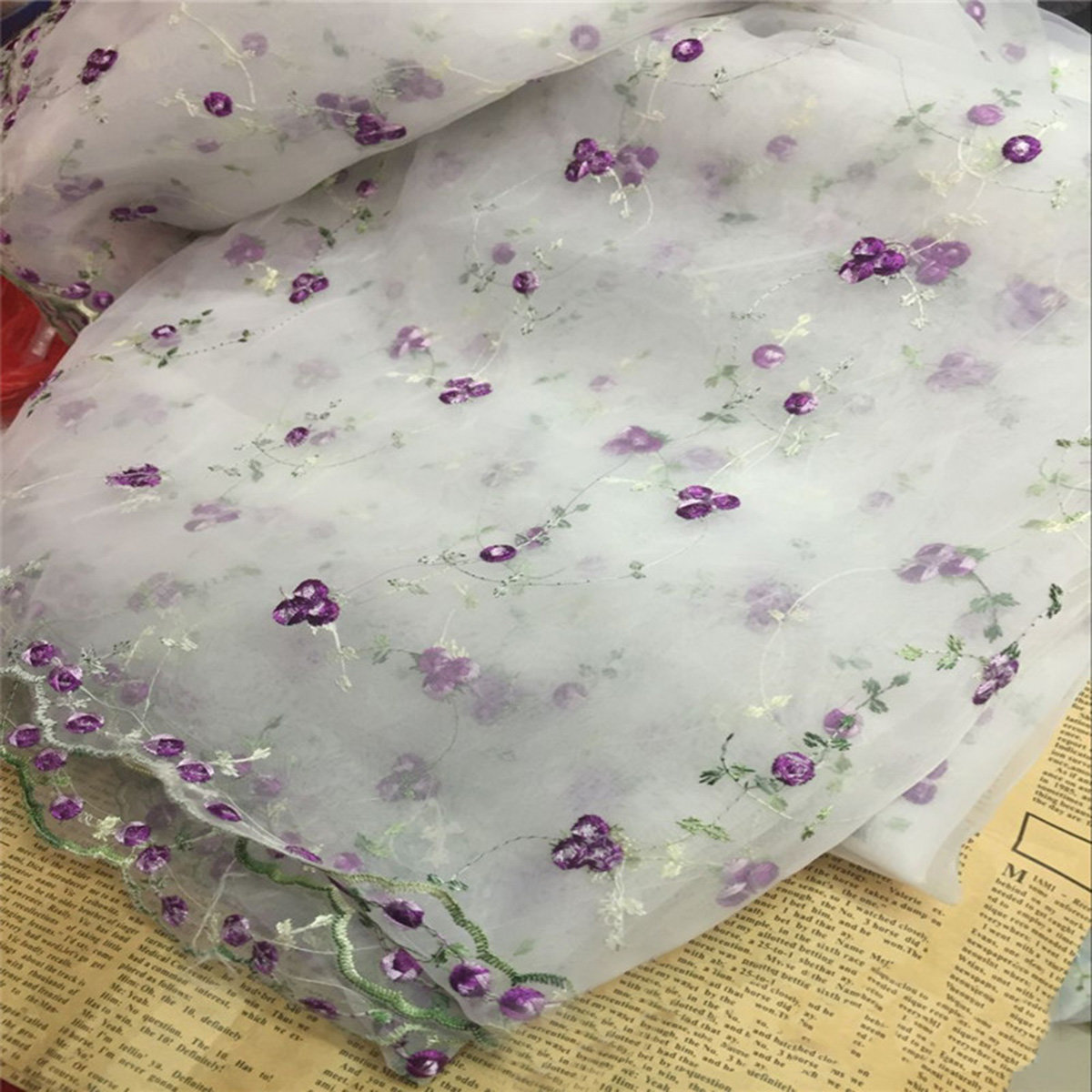 100x130cm Wide Lace Embroidery Flowers Organza Fabric Scalloped Edge