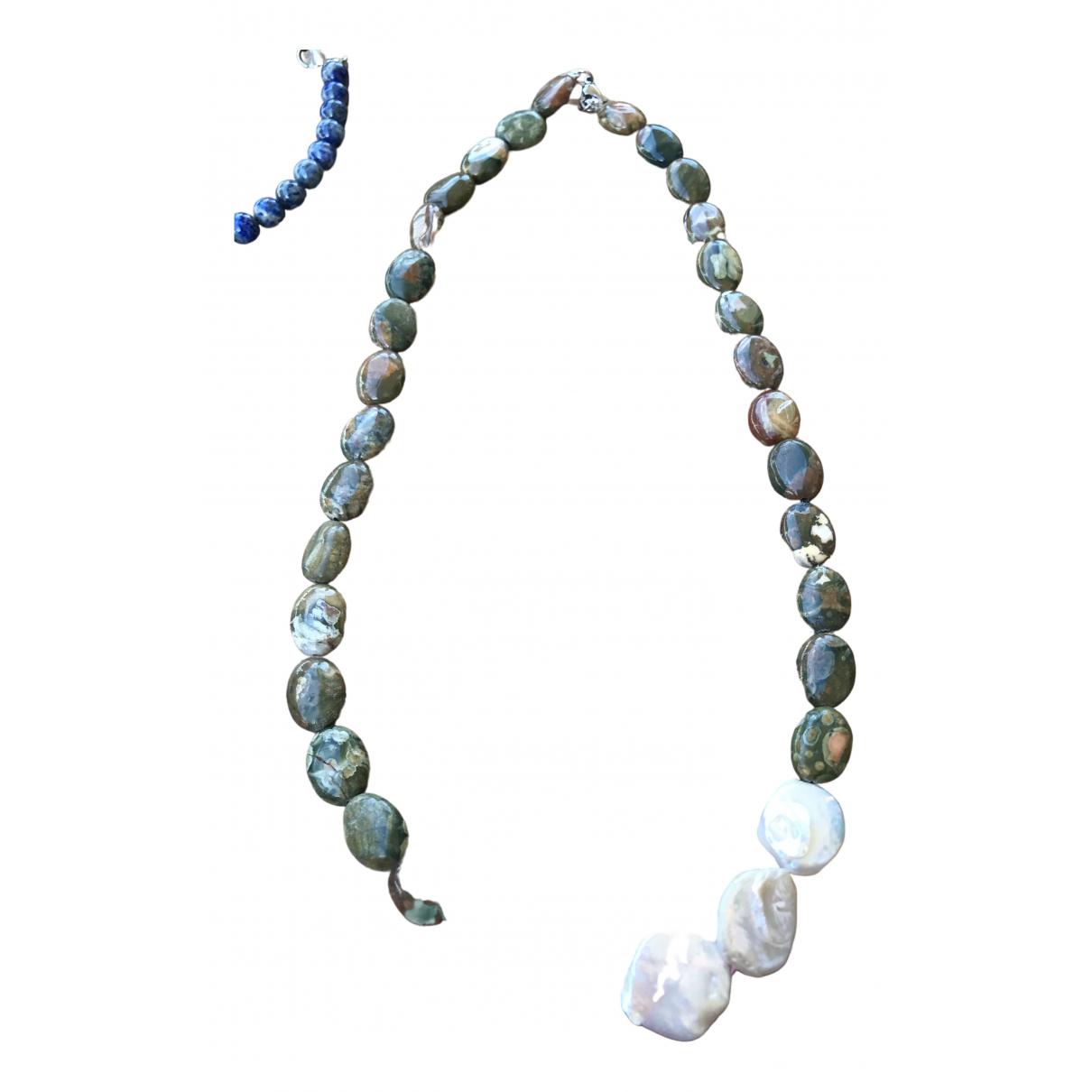 - Collier Motifs Ethniques pour femme en perle