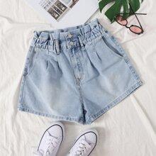 Denim Shorts mit Papiertasche um die Taille und leichter Waschung