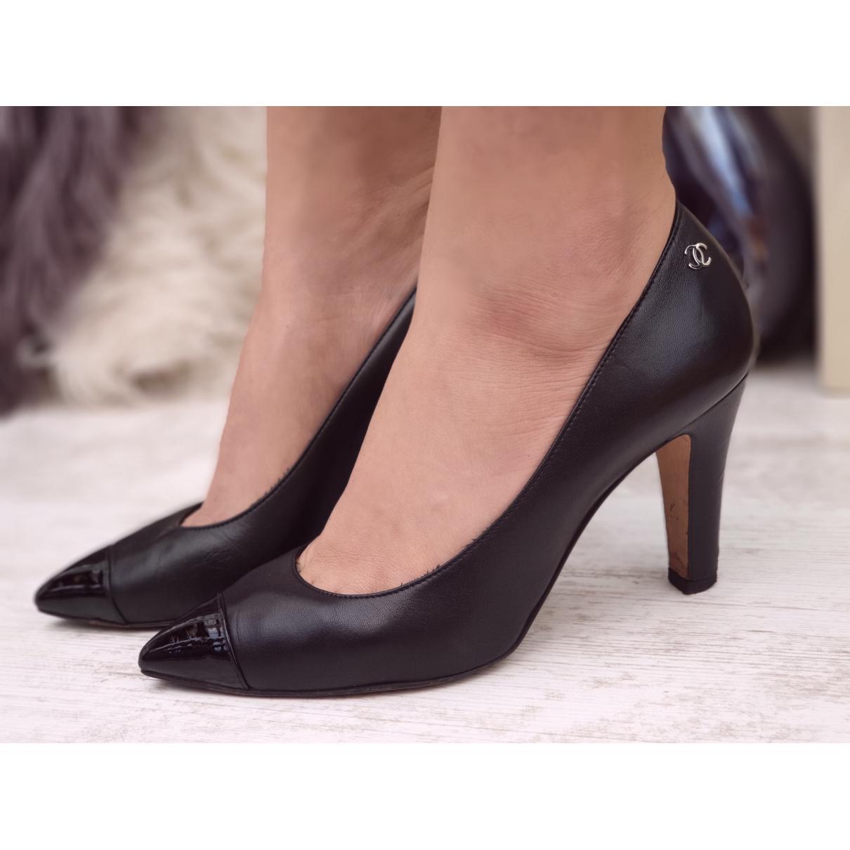 Chanel \N Black Leather Heels for Women 36 EU