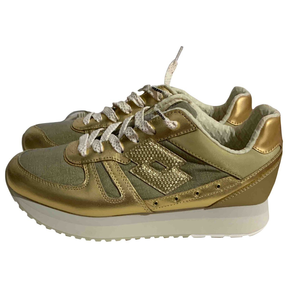 Lotto \N Sneakers in  Gold Kautschuk