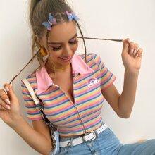 Camiseta corta de rayas vistosas con cremallera