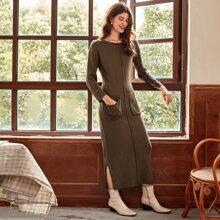 Kleid mit Naht vorn, Taschen Flicken und seitlichem Schlitz