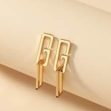 Ohrringe mit Buchstaben Design