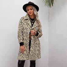 Mantel mit Dalmatiner Muster und Reverskragen