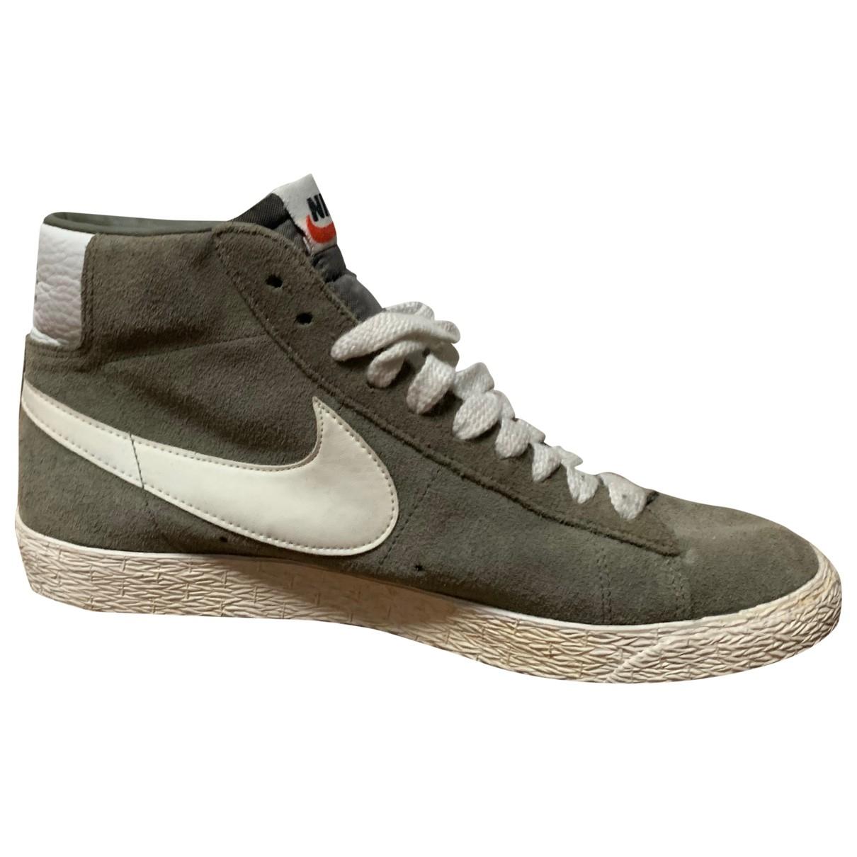 Nike - Baskets Blazer pour homme en suede - vert