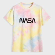 Camiseta de hombres con estampado de letra de tie dye