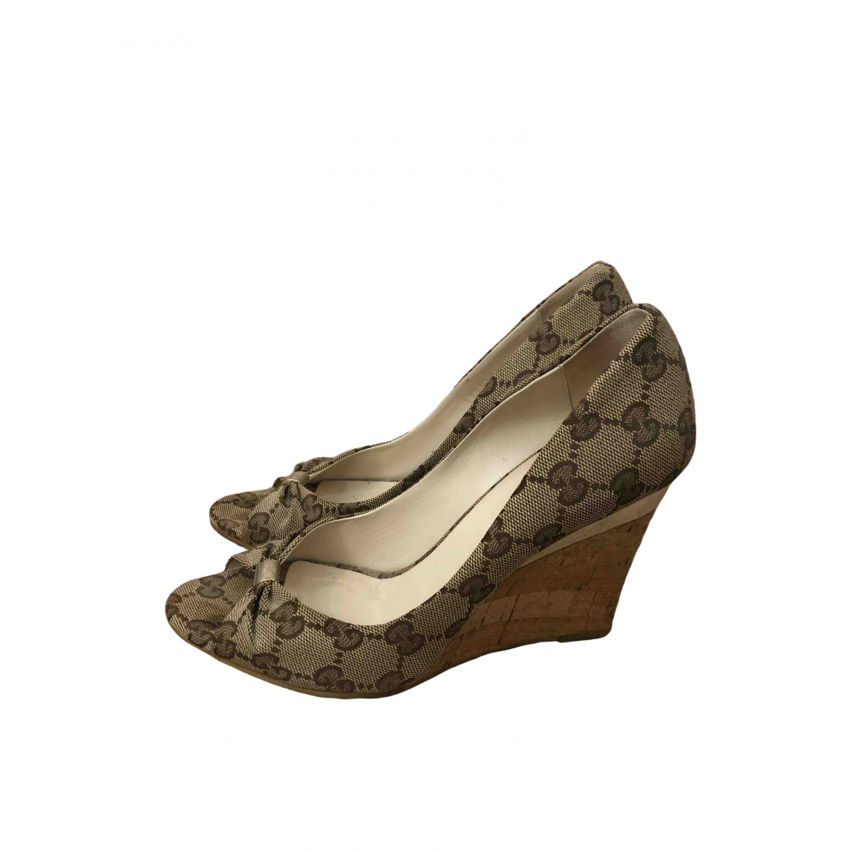 Gucci \N Beige Cloth Heels for Women 35.5 EU