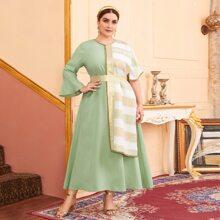 Vestido con perlas panel con capa de rayas combinadas - grande