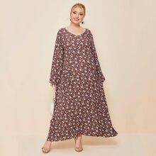 Maxi Kleid mit Blumen Muster, V Kragen und zwei Taschen