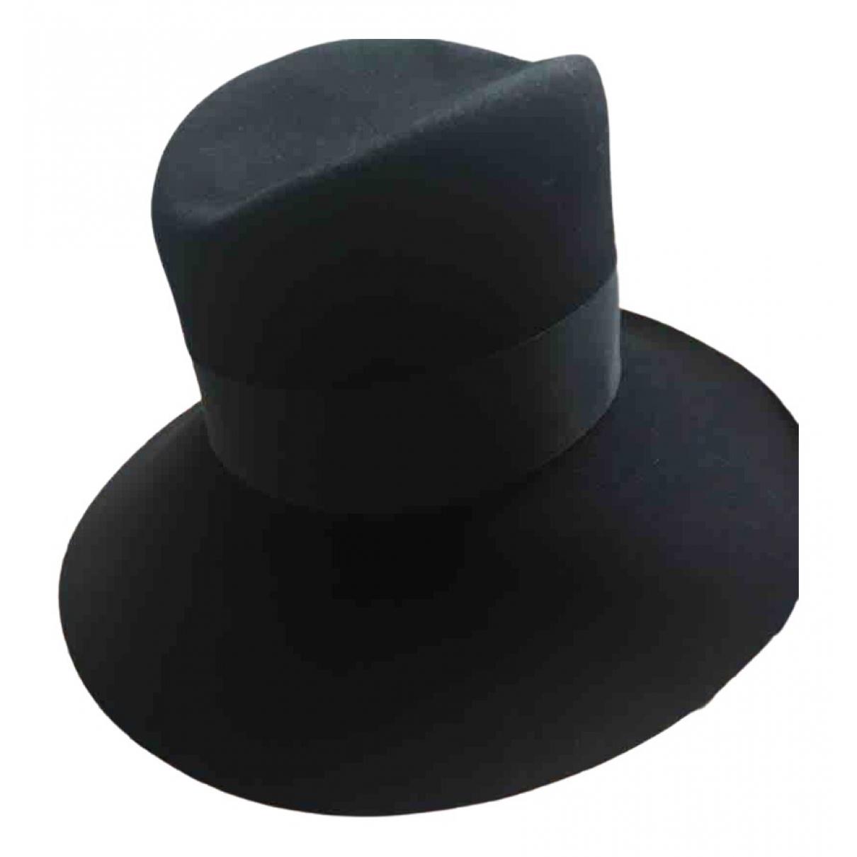 Yves Saint Laurent - Chapeau   pour femme en suede - noir