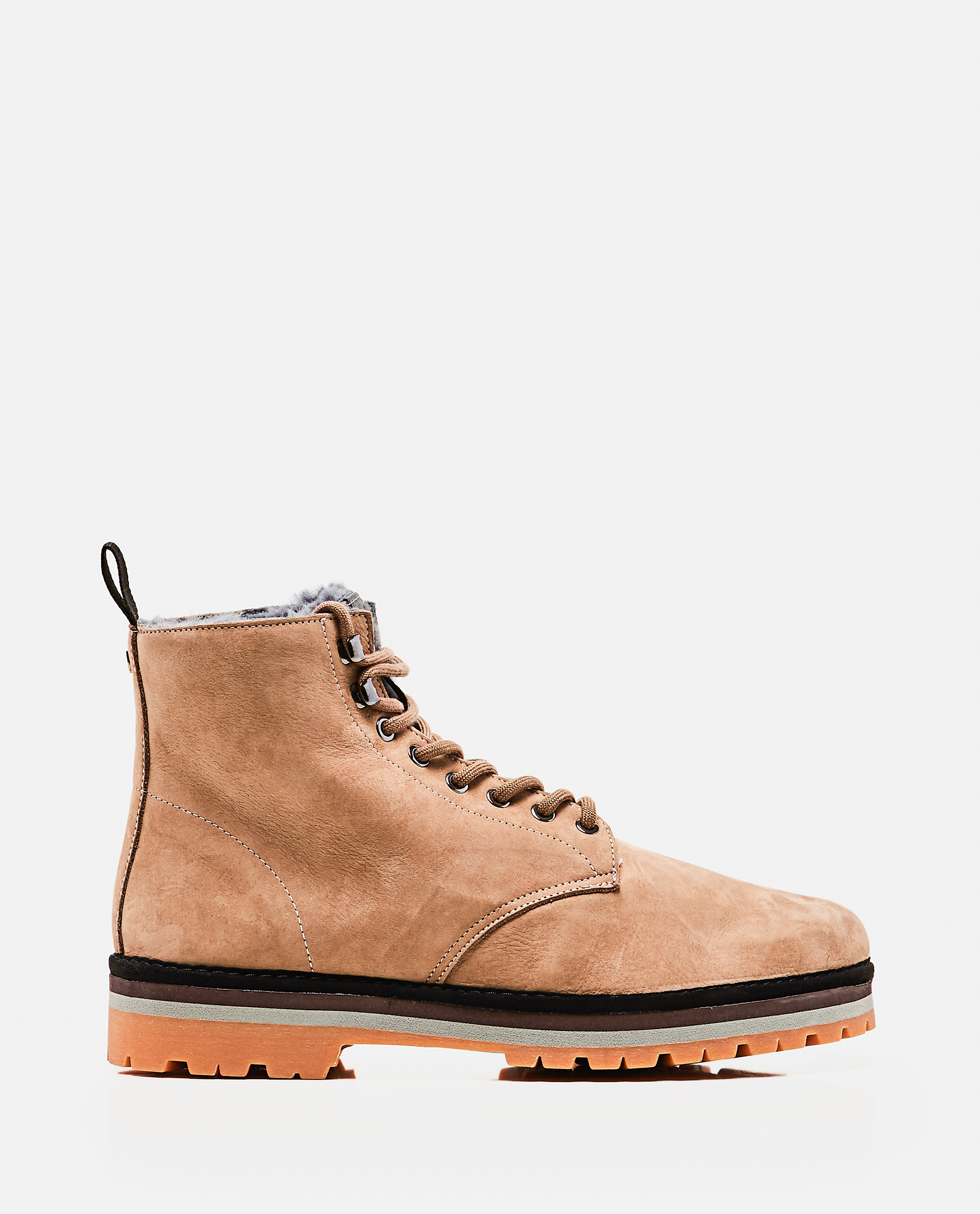 P09 boot