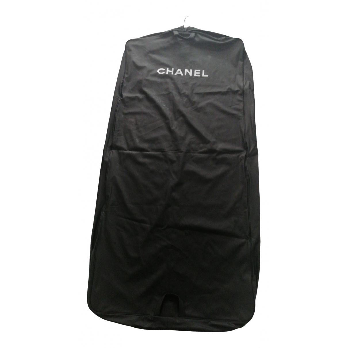 Chanel \N Reisetasche in  Schwarz Leinen