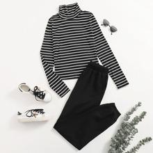 T-Shirt mit Stehkragen und Streifen Muster & Jogginghose Set