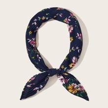 Pleated Floral Pattern Bandana