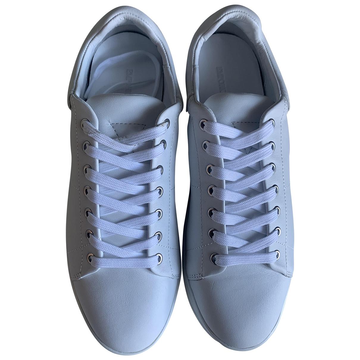 Emporio Armani - Baskets   pour femme en cuir - blanc