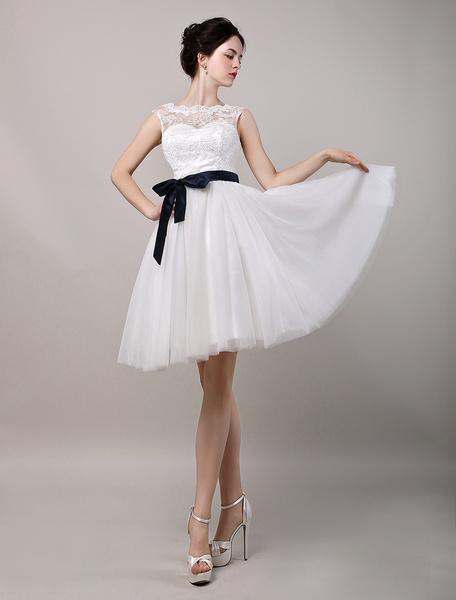 Milanoo Vestido de novia de encaje con escote transparente y botones hasta la rodilla